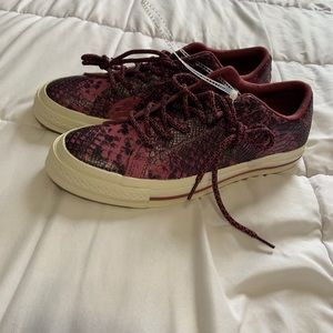Pink converse leather snake skin look size 6.5